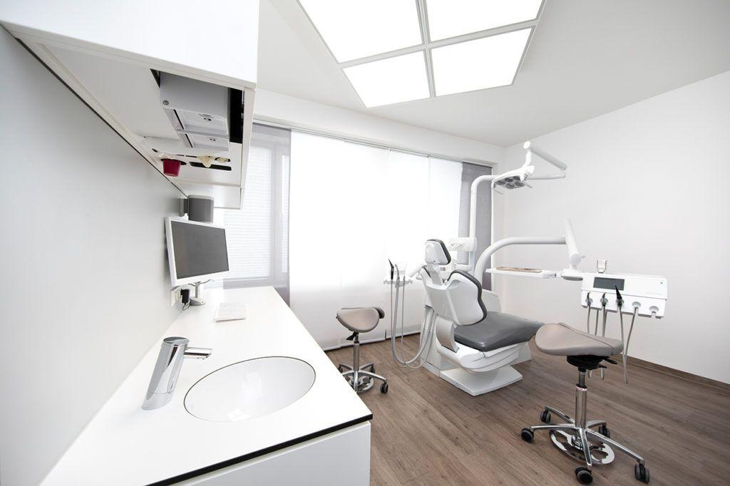 Zahnärzte-Voigt-in-Siegen-Praxisraum