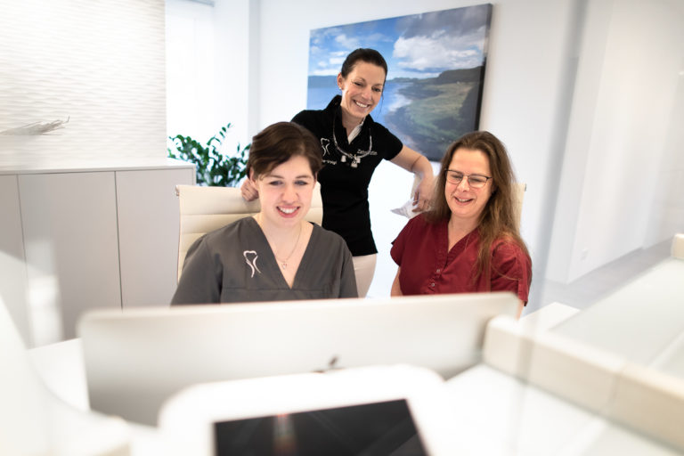 Dr. Nina Karbe-Voigt, Stefanie Hombach, Nicole Seidel