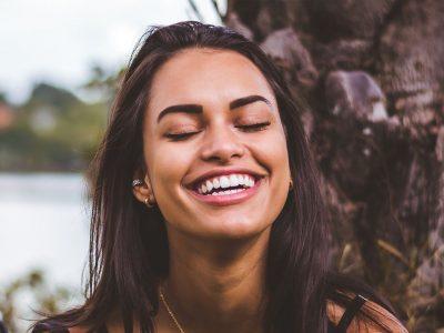 Zahnärzte-Voigt-in-Siegen-Behandlungen-Aesthetik
