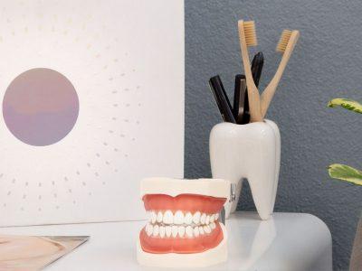 Zahnärzte-Voigt-in-Siegen-Behandlungen-Amlagamsanierungen