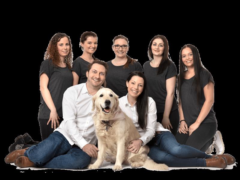 Zahnärzte-Voigt-in-Siegen-Teambild-slider